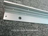 Protuberancia de aluminio L perfil de 6063 aduanas del ángulo con la perforación para la construcción