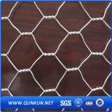 高品質によって電流を通される鶏の六角形の金網