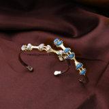 Joyería cristalina semicircular de la pulsera de las mujeres de piedra naturales embutidas