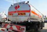 4X2 6は12トンのタンク車12000リットルの販売のためのトラック燃料タンクの動かす