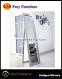 Het nieuwe Glas van de Pijler van het Mozaïek van het Ontwerp voor de Zaal van het Beddegoed