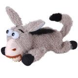 La peluche grise molle d'âne heureux badine le jouet de copain de cadeau