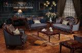 A tabela clássica da cadeira clássica do assento de amor da antiguidade do sofá da tela ajustou-se com frame de madeira para mobília viva