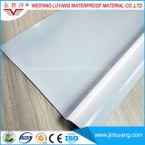 Membrane imperméable à l'eau homogène de PVC, membrane imperméable à l'eau de chlorure polyvinylique pour le toit plat