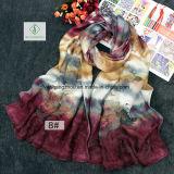 Neuer Entwurfs-Mehrfarbenplatz-Farben-Schnitt-Form-Dame Silk Scarf