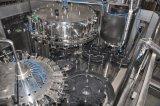 De Lopende band van Purewater/Het Vullen van de Drank Machine