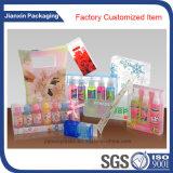 Подгоняйте пластичные косметики упаковывая коробку