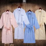 方法デザインの刺繍された綿のワッフルの浴衣
