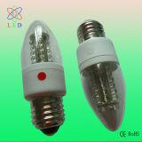 Ampolas da vela do diodo emissor de luz C35 no branco E26/E27 1.5W baixo