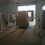 Distributeur automatique de casiers automatiques pour des oeufs et des pommes de terre