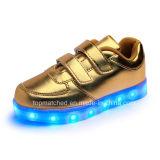 Высокое качество СИД освещает вверх ягнится ботинки, популярные ботинки малышей СИД