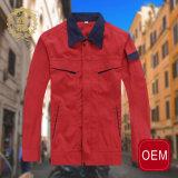 Vêtements de travail de Favar des hommes chauds de vente d'OEM, uniforme rouge de vêtements de travail