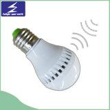 Ampoule à commande vocale de vente chaude pour le bas-côté