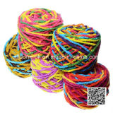 Tricoter à la main le filé de fantaisie de tricotage encombrant de couverture acrylique d'écharpe de crochet