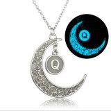 Incandescenza d'ardore della collana della luna del regalo dei monili di alfabeto di DIY 26 nello scuro