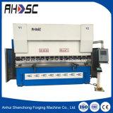 A placa Metals a máquina de dobra hidráulica do CNC