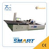 Máquina de estaca industrial automática do sutiã do cortador da tela Tmcc-2225