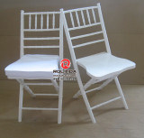 WholesaleまたはRentalのための洗浄されたWhite Napleon Folding Chair