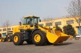 中国Yineng Zf伝達が付いている森林6トンの車輪のローダーの