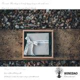 Hongdao modificó los artes de madera del regalo para requisitos particulares del pequeño color natural que empaquetaban el _E del rectángulo de almacenaje del regalo del rectángulo