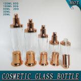 Cura di pelle che impacca il vaso cosmetico della crema della bottiglia di vetro con il coperchio della pompa dell'oro della Rosa