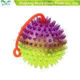 I giocattoli variopinti di Spicky del yo-yo del pesce palla della novità illuminano in su la sfera