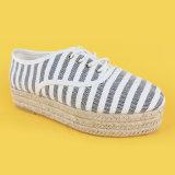 Pattini pesanti delle scarpe di tela della piattaforma del tallone della banda del blu marino delle scarpe di tela delle donne beige della piattaforma