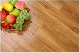 Plancher en bois multicouche avec le placage rustique de dessus de chêne de pente