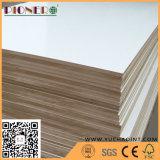 El papel de calidad superior de la melamina hizo frente a la madera contrachapada de madera del grano del MDF