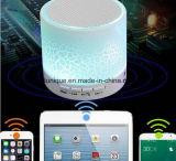 Mini altoparlante senza fili di Bluetooth con la lampada del LED