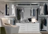 Armários de madeira dos gabinetes simples do quarto do estilo