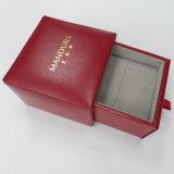 Rectángulo de regalo de papel del embalaje de la joyería con insignia