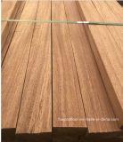 Luz de S4s - revestimento de madeira real amarelo da plataforma de Merbau
