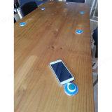 USB 충전기를 가진 호리호리한 테이블 책상 가구 사용법 무선 충전기