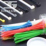 Individu de relations étroites de fil verrouillant le serre-câble en nylon avec du ce