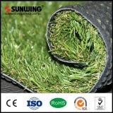 Alfombra artificial verde de la hierba del jardín que ajardina con precios competitivos