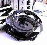 Le meilleur cendrier de cristal de noir de qualité de cadeaux promotionnels