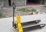 Manueller hydraulischer Gabelstapler-Handladeplatten-LKW auf Verkaufs-konkurrenzfähigem Preis