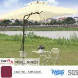 庭の日曜日の屋外の陰の片持梁庭のテラスパラソルの傘