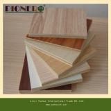 Madera contrachapada excelente del MDF de la melamina del grado con base de la madera dura