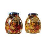 In Büchsen konservierter marinierter Pilz im Glasglas