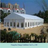 Большой напольный шатер свадебного банкета крыши случая