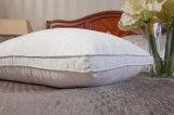 Hypoallergenic гусына вниз и подушка пера с стеной Gusset
