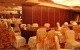 Parede de divisória móvel decorativa de madeira do fabricante de China para o hotel