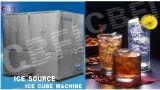Cubo de hielo que hace la máquina