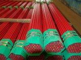 O vermelho pintou as tubulações de aço soldadas
