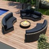 Im Freiengarten-Patio-Rattan-stellte Weidenmöbel-Ecken-Sofa mit Schemel ein