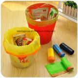 Sacchetto di immondizia di plastica con il Drawstring ed il marchio