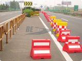 Barrière en plastique de route de remplissage de l'eau de Minitype de polythène rouge et blanc