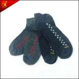 Mann-graue Socken für Knöchel-Sommer-Abnützung
